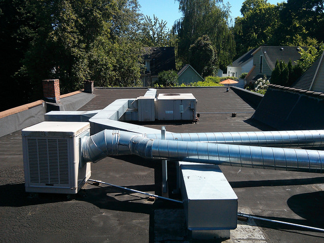 Rooftop Units Duct : Benefits of rooftop commercial air conditioning systems
