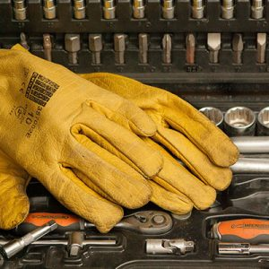 Yellow-gloves-on-tools